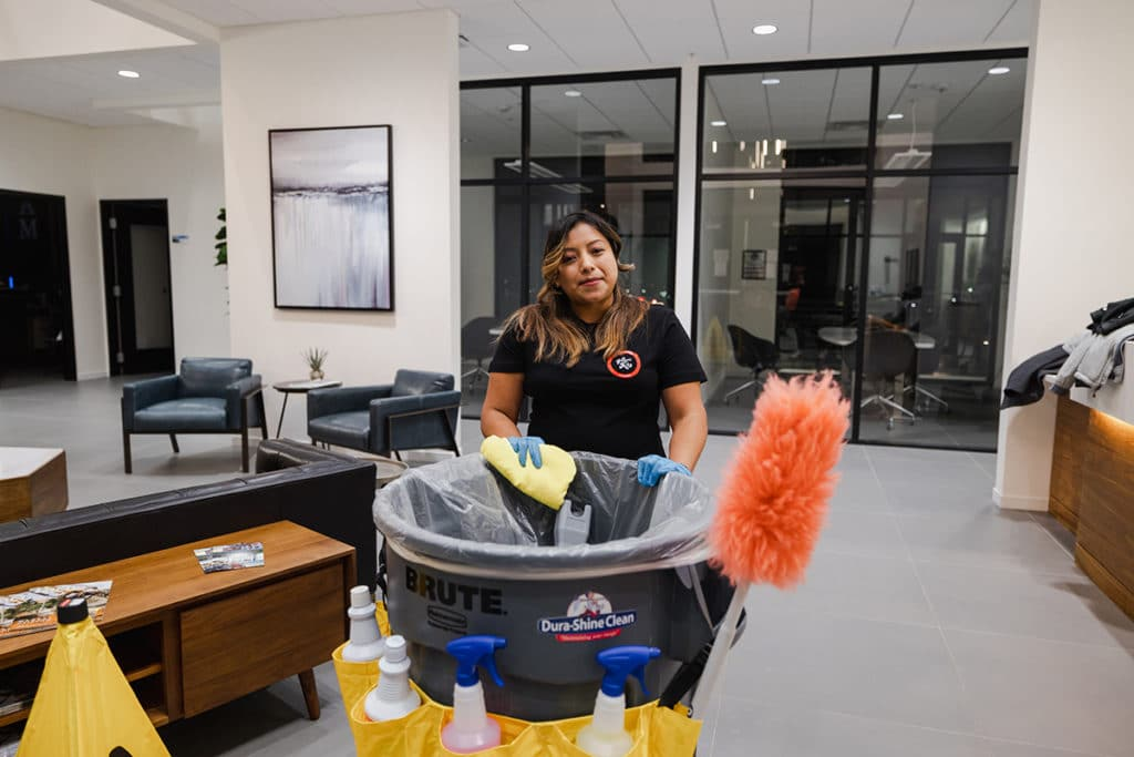 covid-19 cleaning worker dura-shine benton county